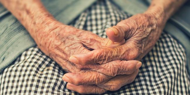 Un proyecto del CSIC construirá perfiles de riesgo individuales frente a Covid-19 de personas mayores en residencias